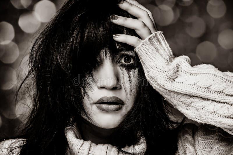 Portret van een droevig brunette royalty-vrije stock afbeeldingen