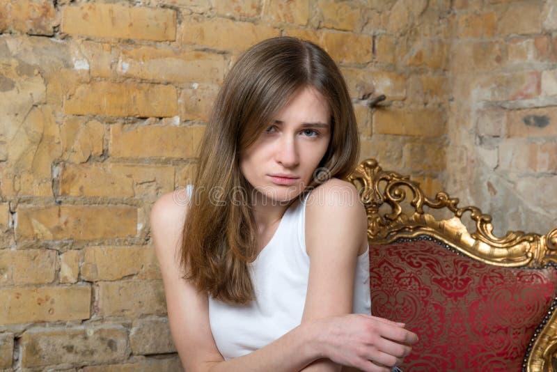 Portret van een droevig meisje royalty-vrije stock fotografie