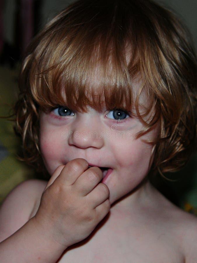 Portret van een gelukkig meisje stock afbeeldingen