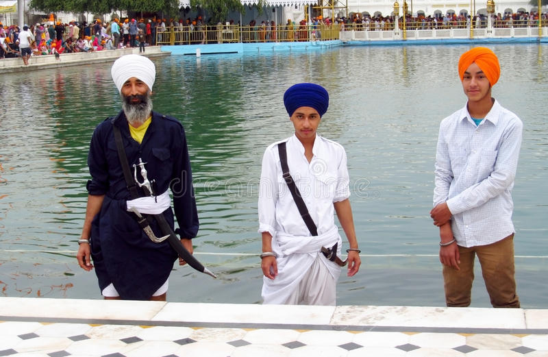 Portret van een groep Sikhs in India in nationale tulbanden royalty-vrije stock fotografie