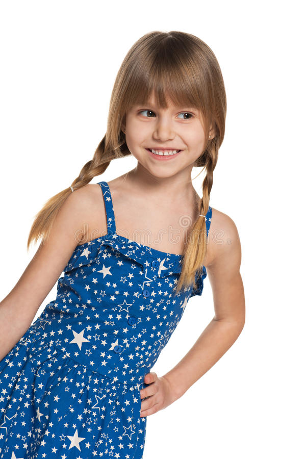 Portret van een jong meisje die weg kijken stock afbeeldingen