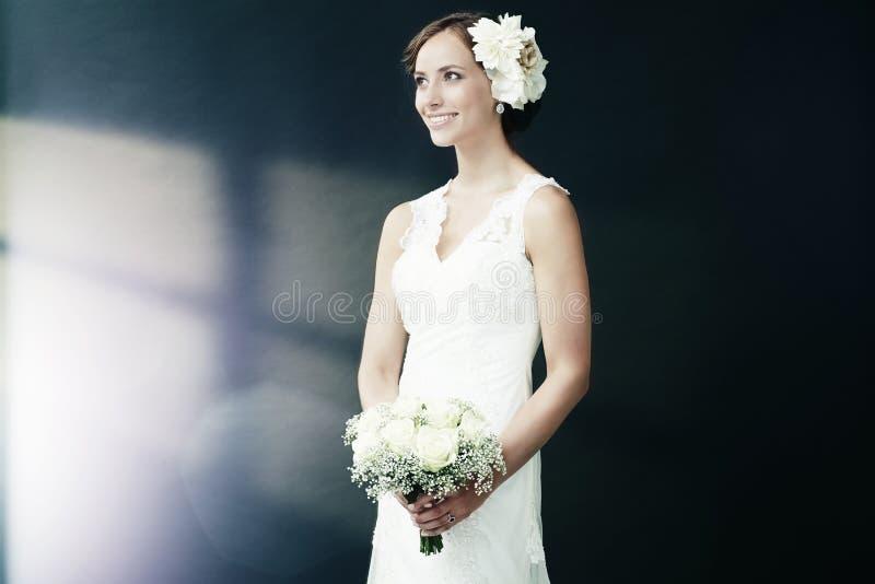 Portret van een jonge bruid royalty-vrije stock foto's