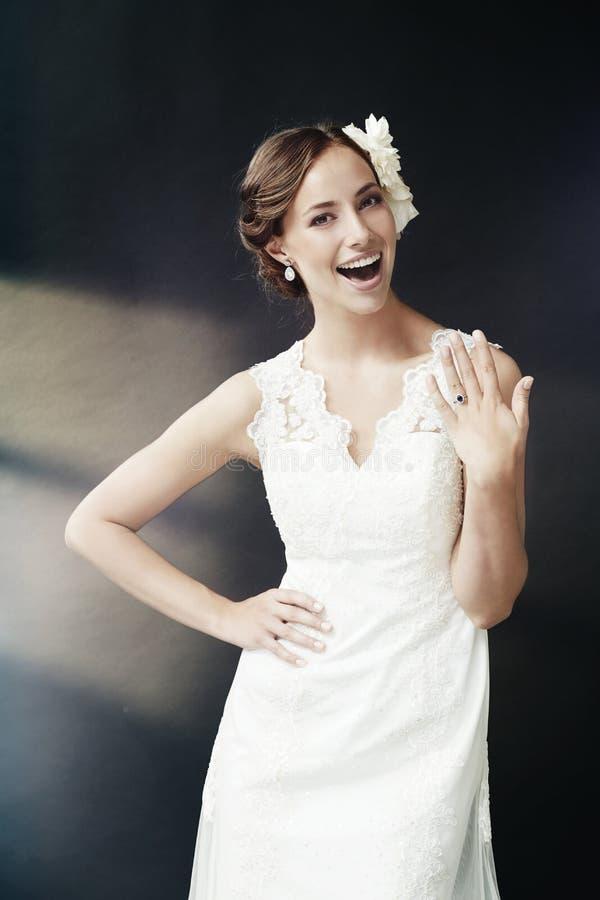 Portret van een jonge bruid royalty-vrije stock fotografie