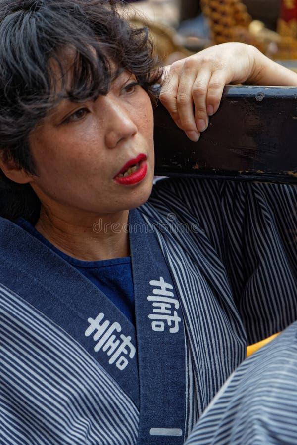Portret van een jonge vrouw in Sanja Matsuri royalty-vrije stock afbeelding