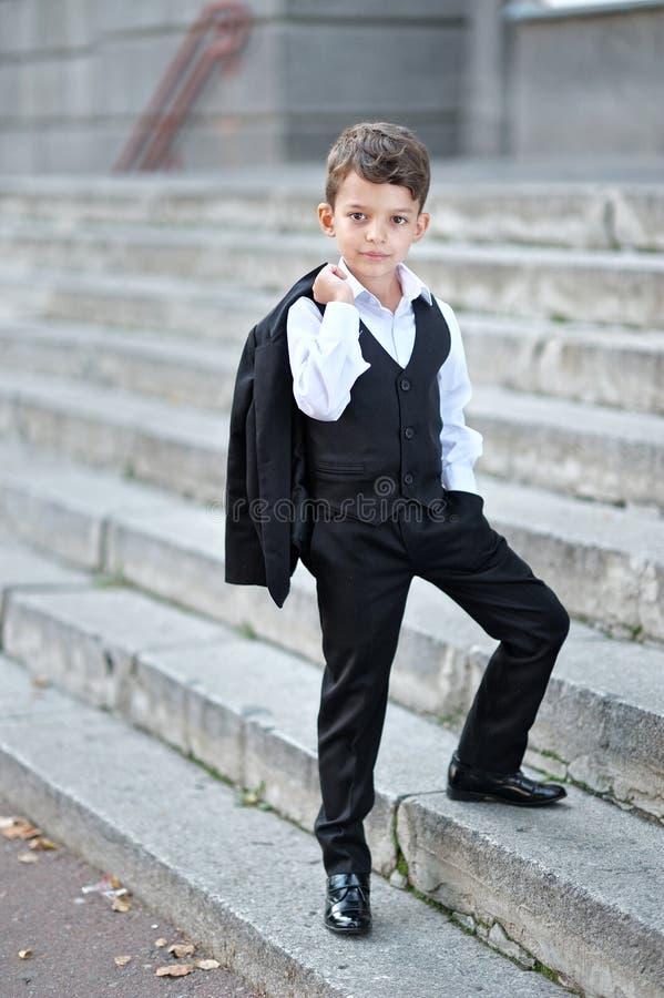 Portret van een kleine jongen stock afbeelding
