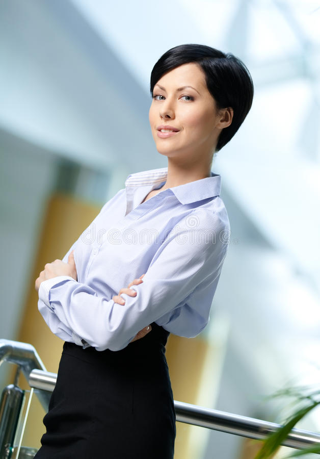 Portret van een knappe bedrijfsvrouw stock foto