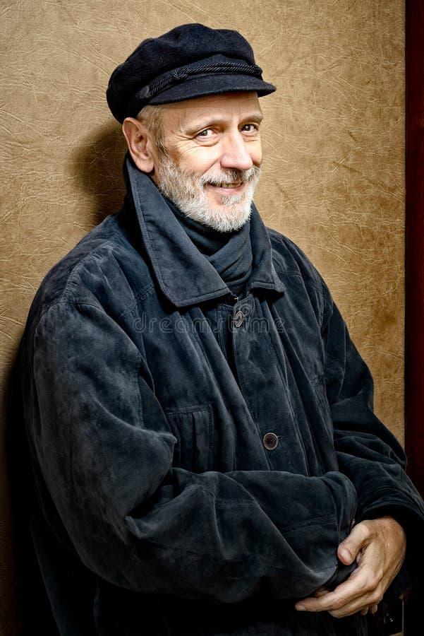 Portret van een Mens met Baard en een GLB stock afbeelding