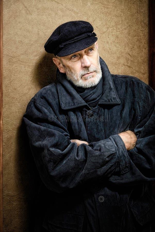 Portret van een Mens met Baard en een GLB stock foto