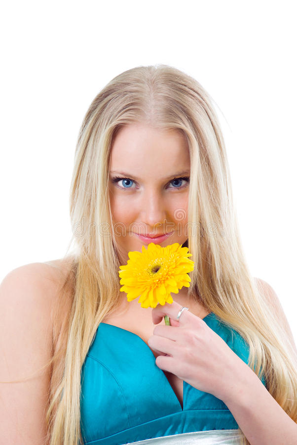Portret van een mooi blonde meisje met bloem. royalty-vrije stock afbeeldingen