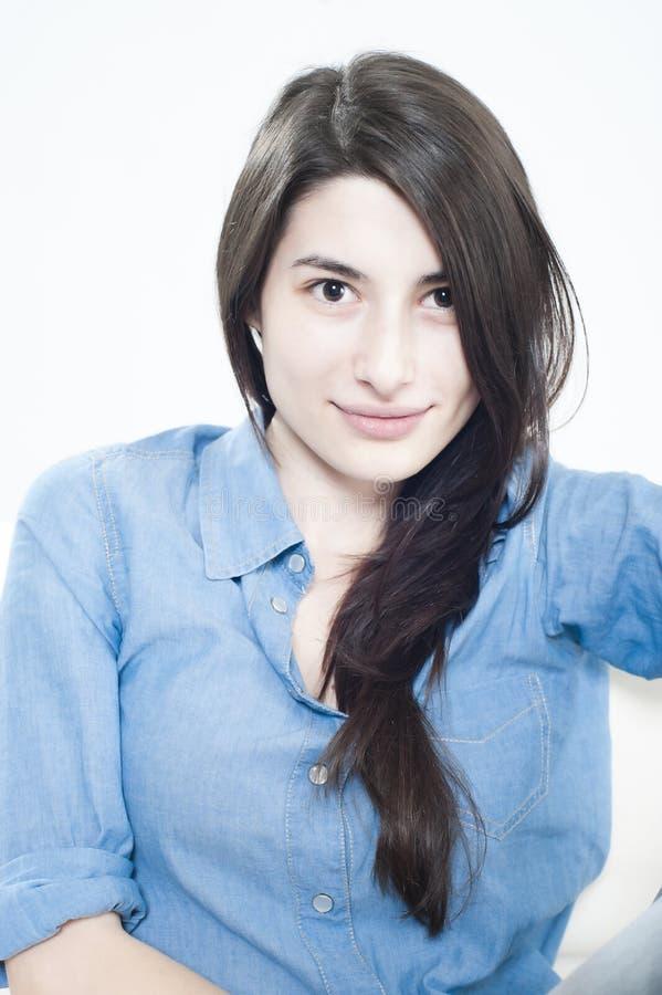 Portret van een mooi jong meisje royalty-vrije stock foto's