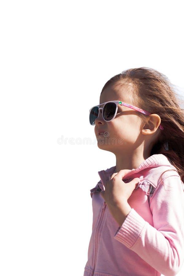 Portret van een mooi lopend die kindmeisje op wit wordt geïsoleerd royalty-vrije stock foto