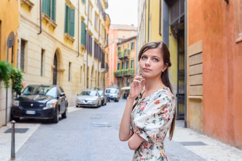 Portret van een mooi meisje royalty-vrije stock fotografie