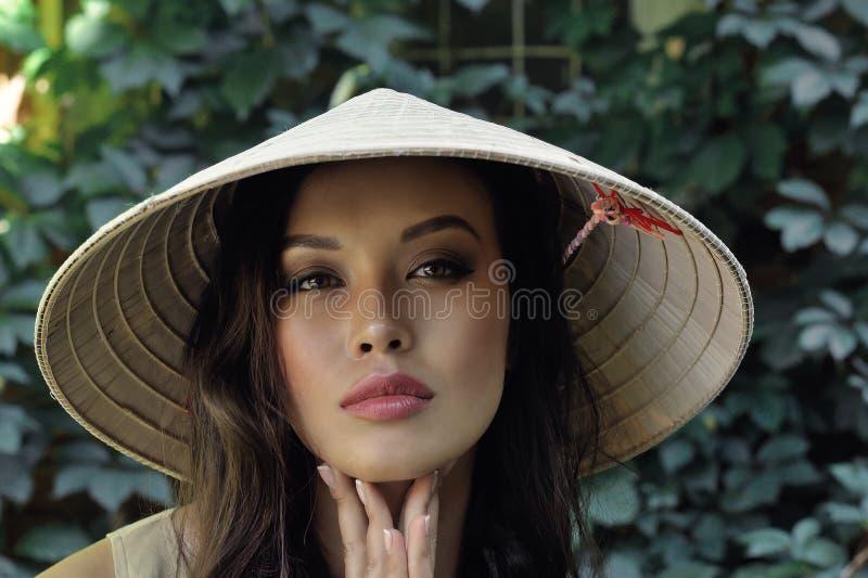 Portret van een mooie Chinese vrouw royalty-vrije stock afbeelding