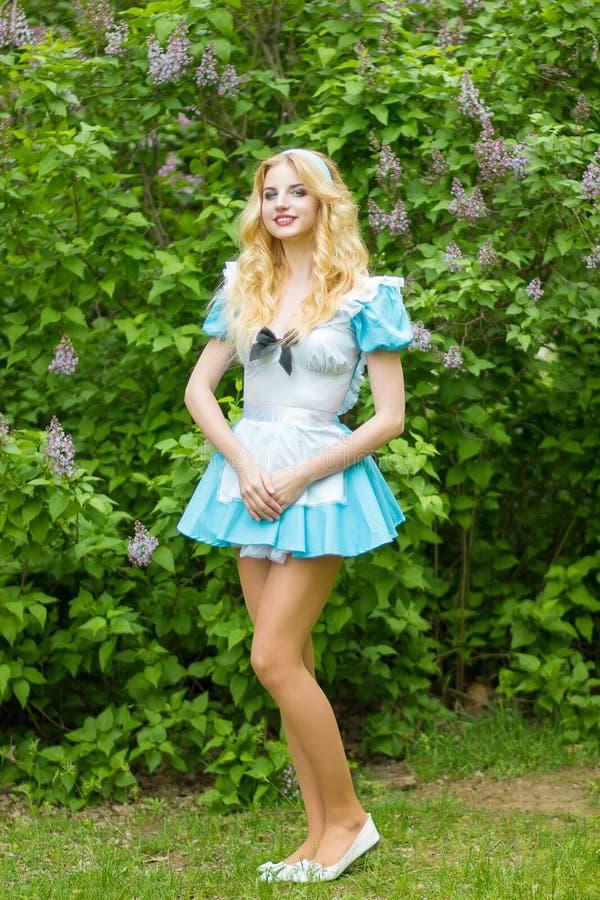Portret van een Mooie jonge blonde stock afbeelding