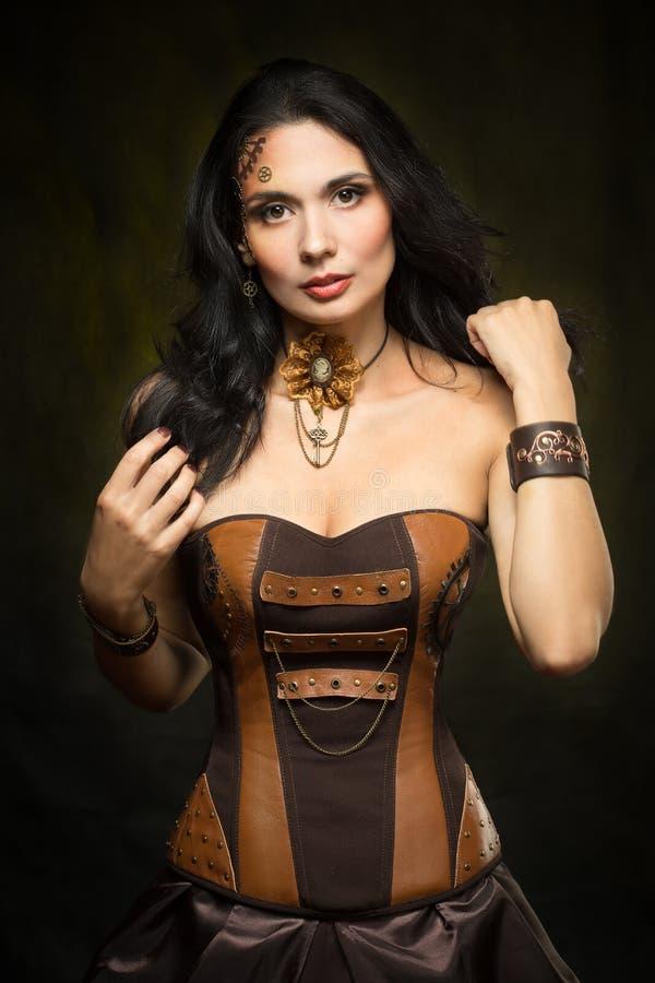 Portret van een mooie steampunkvrouw stock foto's