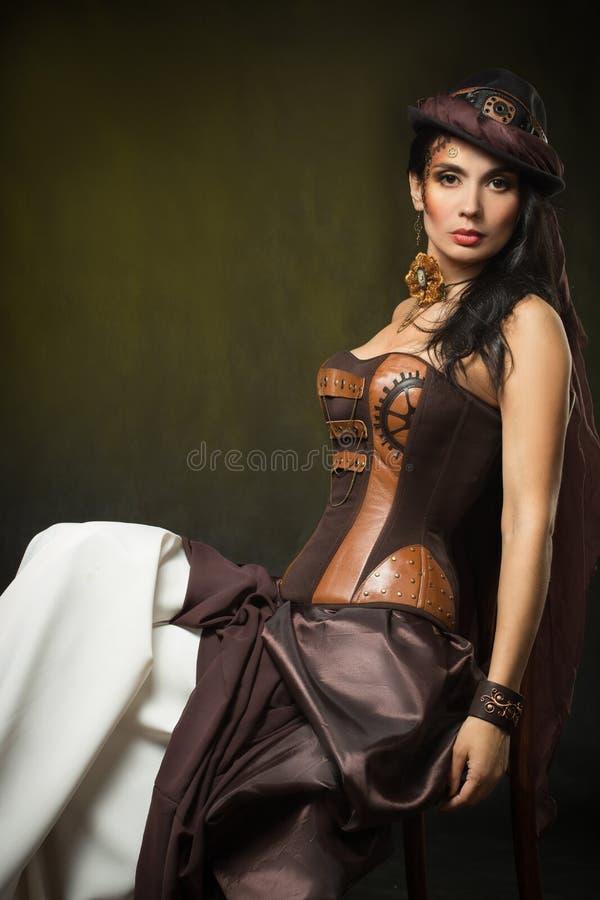 Portret van een mooie steampunkvrouw stock fotografie