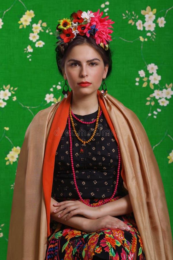 Portret van een mooie vrouw royalty-vrije stock foto's