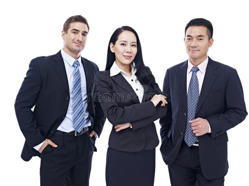 Portret van een multinationaal commercieel team royalty-vrije stock afbeeldingen