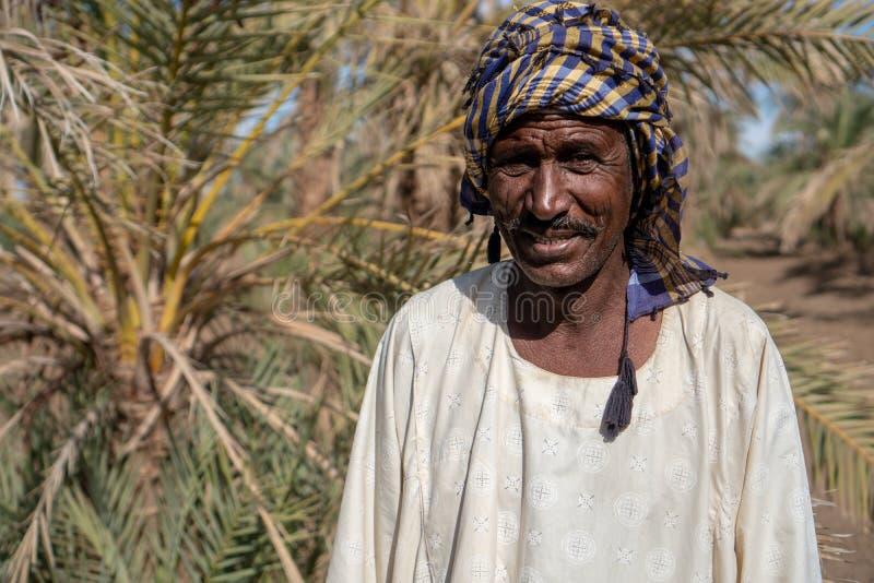 Portret van een Nubian-landbouwer in Abri, de Soedan - Nov. 2018 stock foto