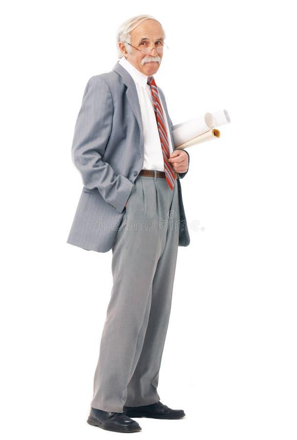 Portret van een oudere kunstenaar met document broodjes royalty-vrije stock foto