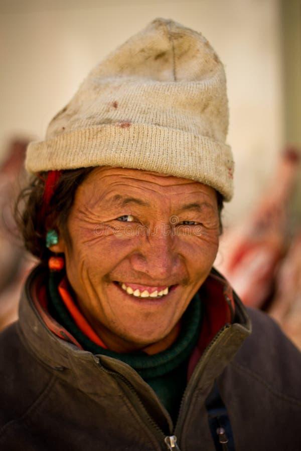 Portret van een oudere mens van het glimlachen van Tibet royalty-vrije stock afbeelding