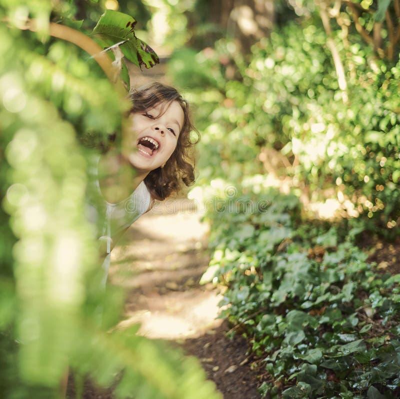 Portret van een vrolijk meisje royalty-vrije stock afbeelding
