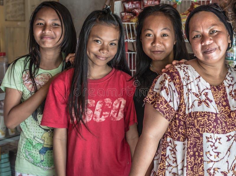 Portret van familie van Sulawesi, Indonesië royalty-vrije stock afbeelding