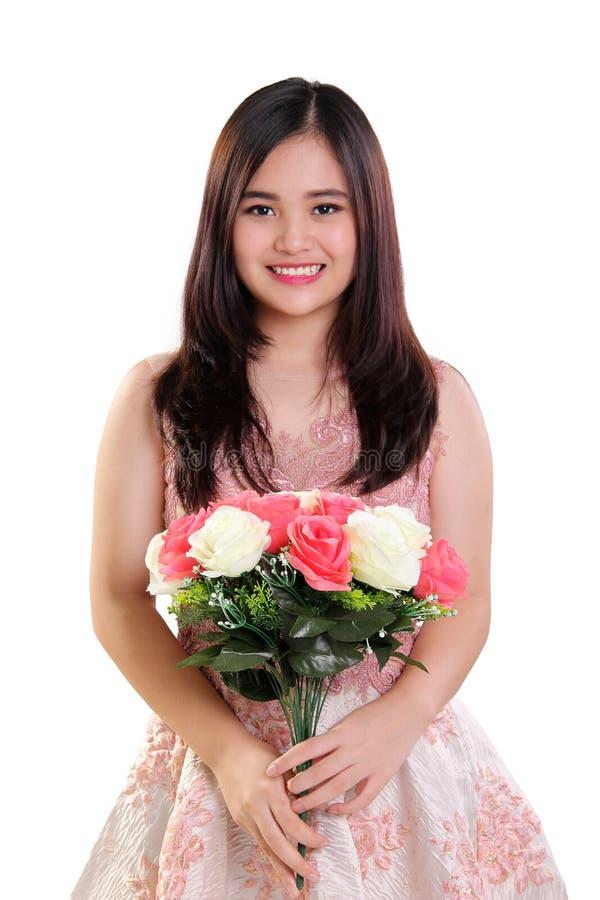 Portret van geïsoleerd meisje met rozen stock afbeelding