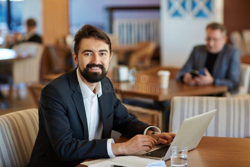 Portret van Gebaarde Financiële Manager stock afbeeldingen