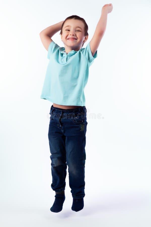 Portret van gelukkige blije mooie jongen royalty-vrije stock foto