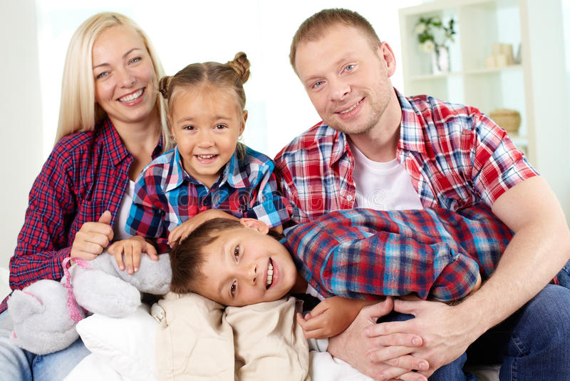 Moderne familie royalty-vrije stock fotografie