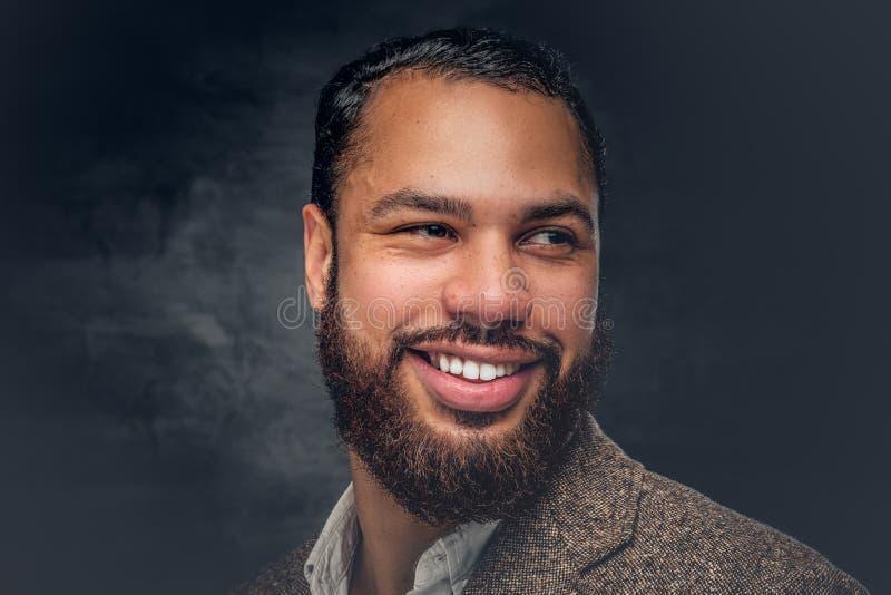 Portret van glimlachend Zwart mannetje royalty-vrije stock fotografie