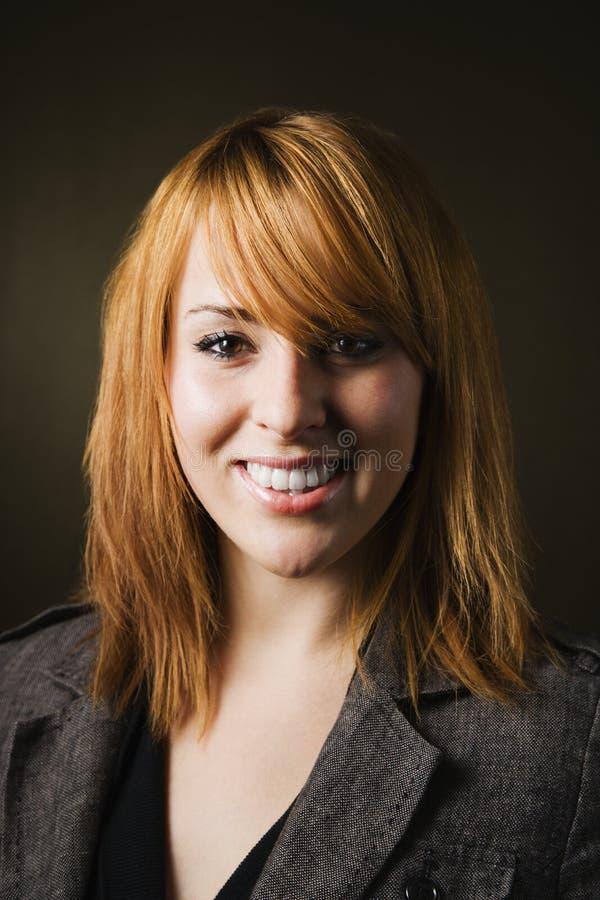 Portret van glimlachende vrouw royalty-vrije stock foto