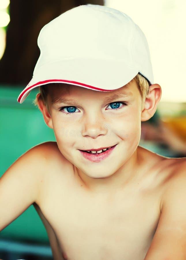 Portret van grappige jongen royalty-vrije stock foto's