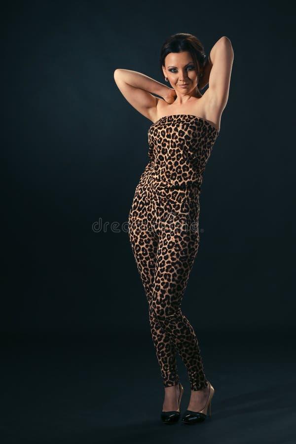 Portret van het charmeren brunette royalty-vrije stock foto
