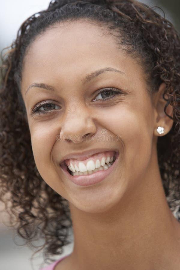 Portret van het Glimlachen van de Tiener royalty-vrije stock foto