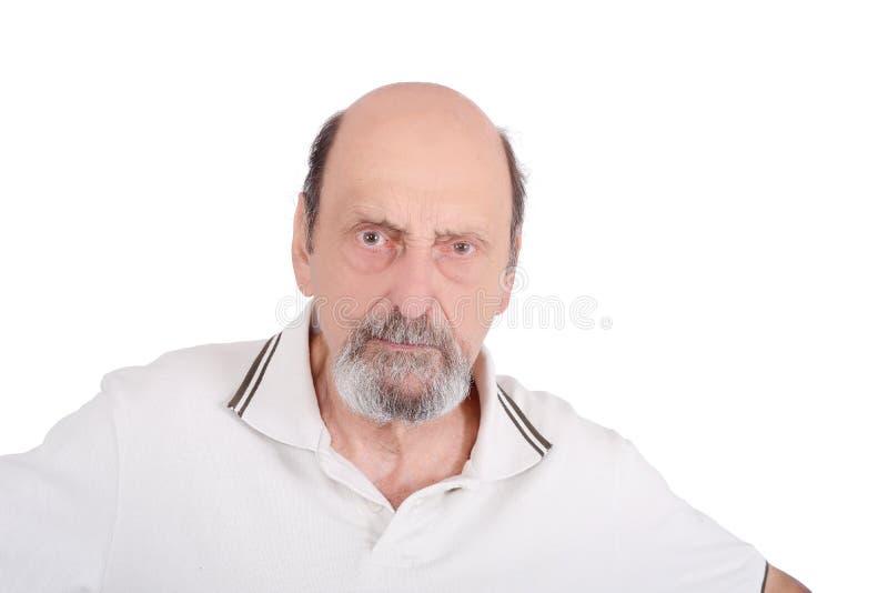 Portret van het hogere boze mens fronsen stock afbeeldingen