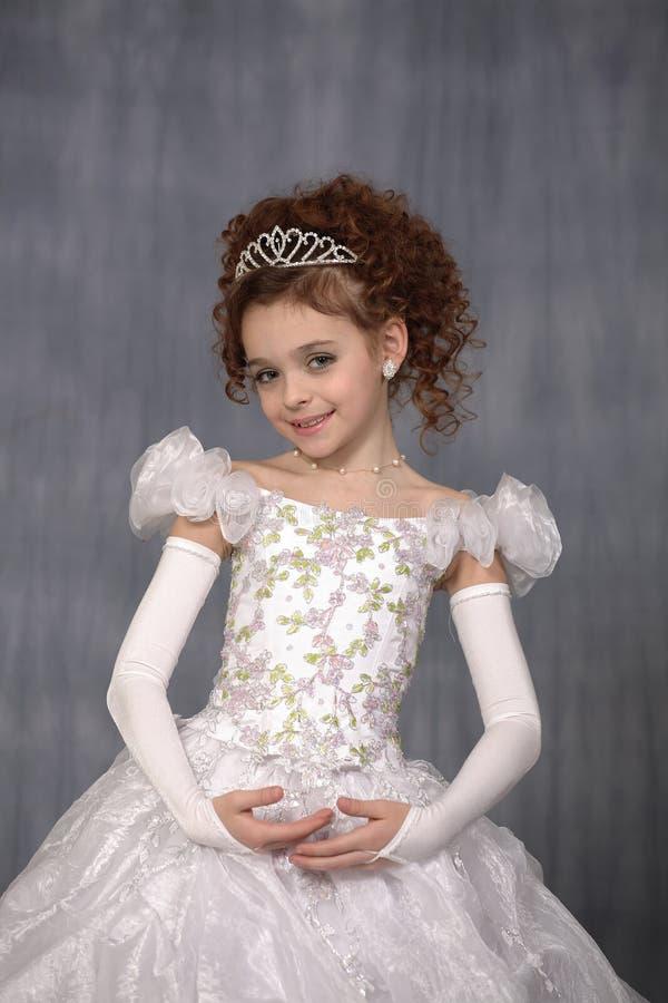 Portret van het jonge meisje royalty-vrije stock afbeeldingen