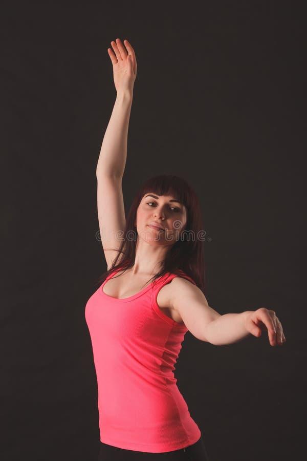 Portret van het Jonge Mooie Vrouw Dansen stock afbeeldingen