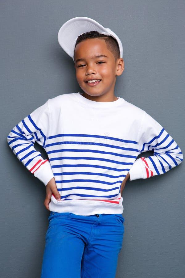 Portret van het kleine jongen glimlachen royalty-vrije stock foto's