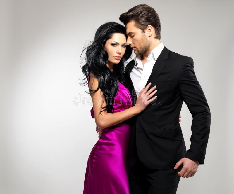 Portret van Jong mooi paar in liefde royalty-vrije stock foto's