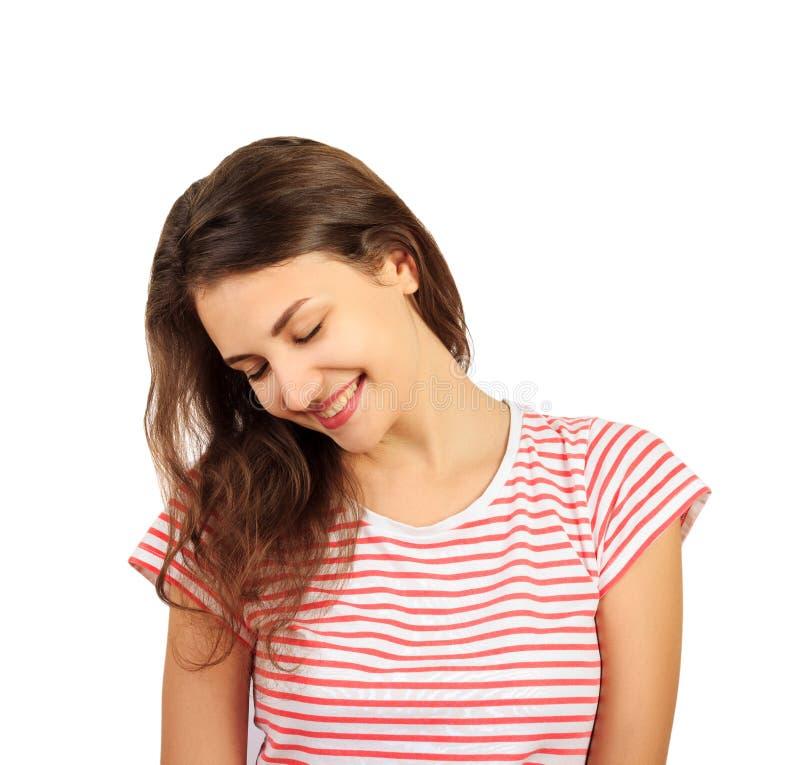 Portret van jong vrolijk vrouw pijnlijk meisje emotioneel die meisje op witte achtergrond wordt geïsoleerd royalty-vrije stock foto