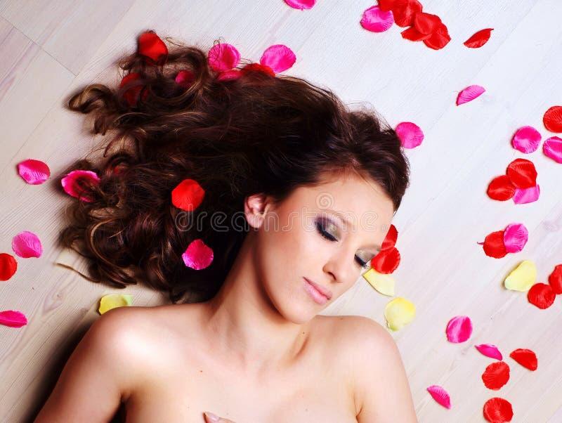 Portret van jonge brunettes royalty-vrije stock fotografie