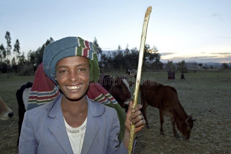 Portret van jonge Ethiopische veehoeder, cowherd royalty-vrije stock foto