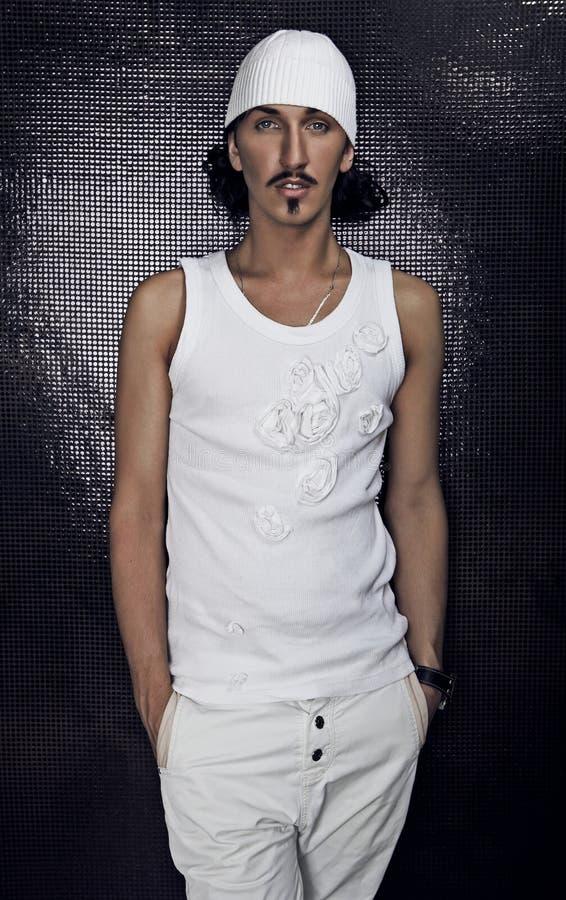 Portret van jonge maniermacho. stock fotografie