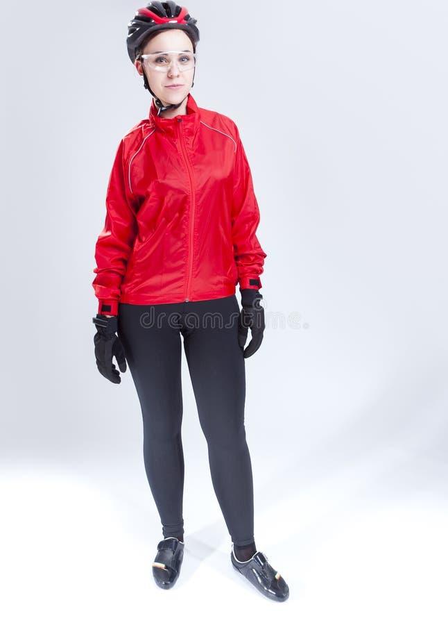 Portret van Kaukasische Vrouwelijke Cirkelende Atleet Posing Equipped in Professionele Uitrusting royalty-vrije stock foto
