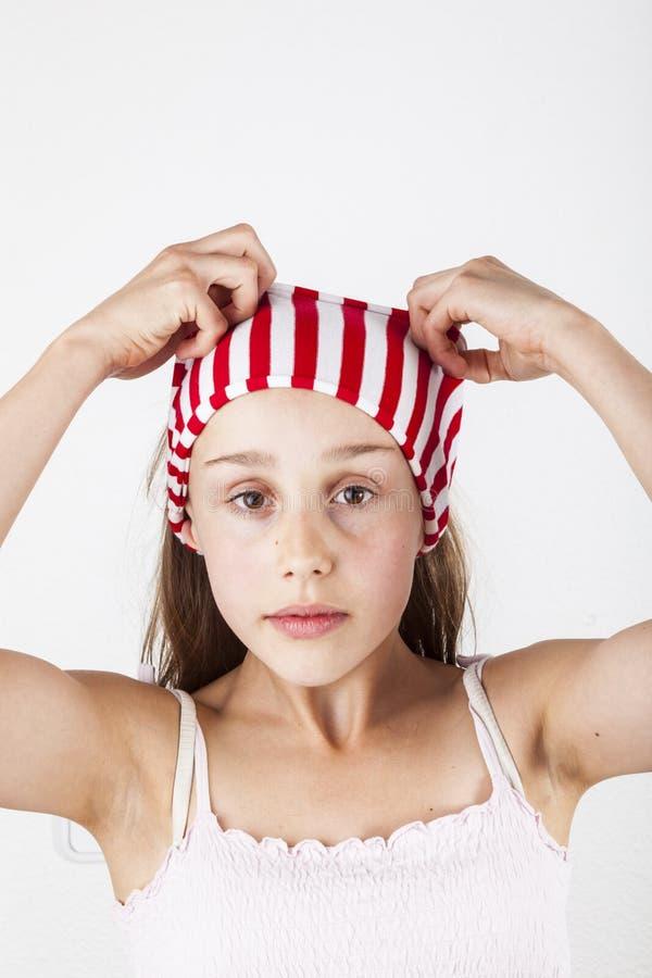 Portret van leuke jonge tiener met hairbend royalty-vrije stock foto's