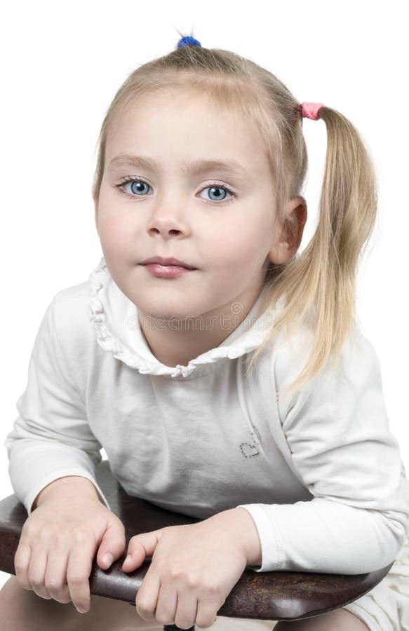 Portret van meisje met staart aan kant royalty-vrije stock afbeelding