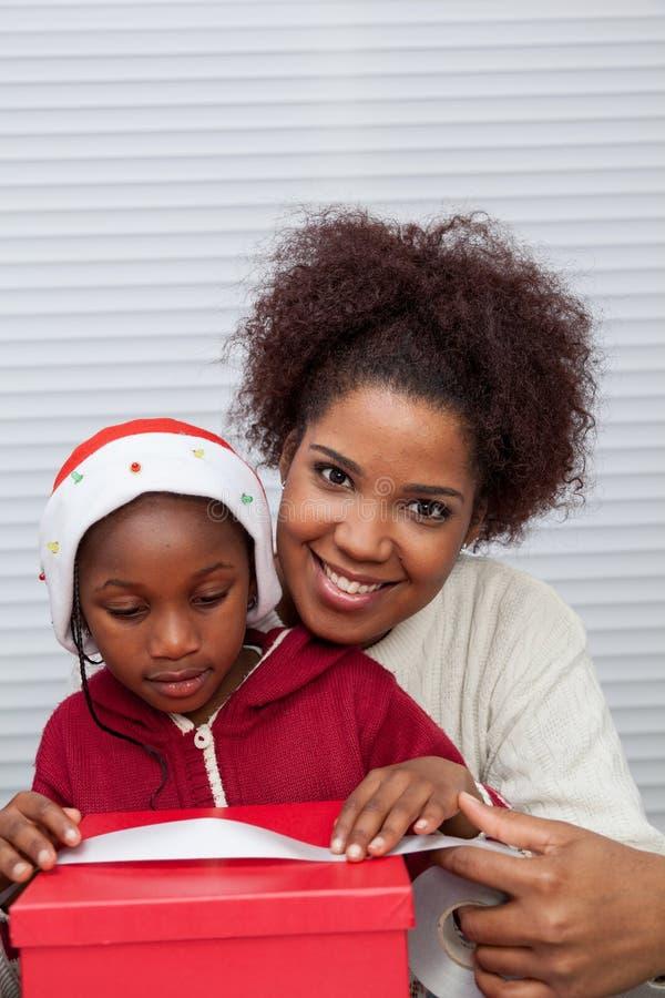 Portret van Moeder en Dochter het Glimlachen royalty-vrije stock fotografie