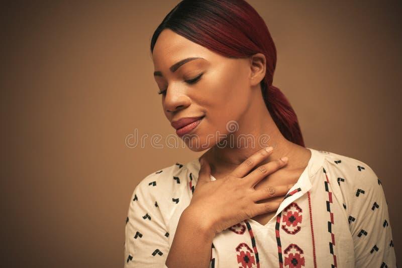 Portret van mooie africamvrouw Sluit omhoog royalty-vrije stock foto